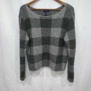 🐬Gap long sleeve fuzzy warm scoop neck sweater
